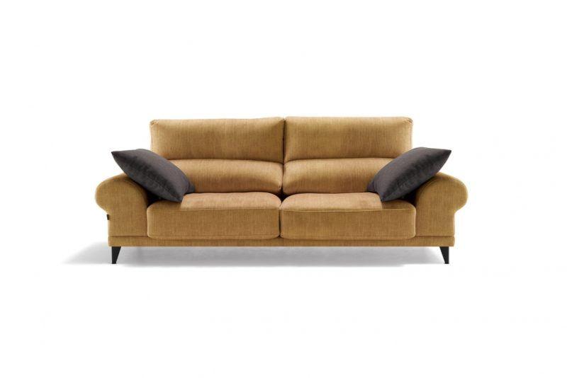 sofa LOEWE divani 2 1030x687 1